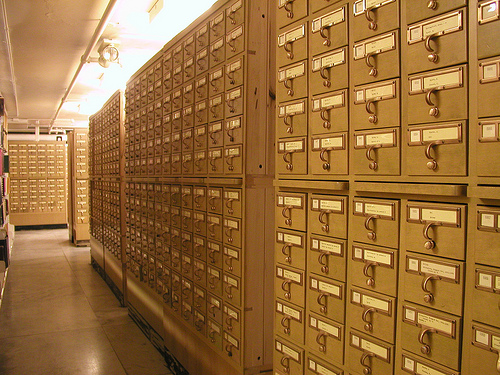 card cataloga photo