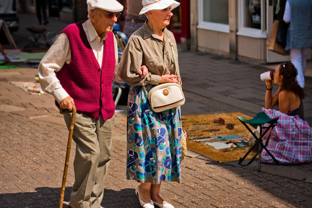Safe Places for Seniors to Go Walking in Orange County and Long Beach